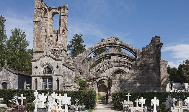 Igrexa de Santa Mariña Dozo - 5 minutos